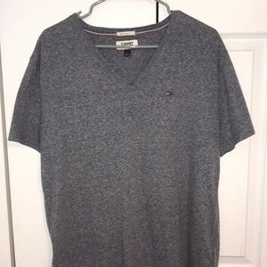 New Tommy Jeans grey shirt